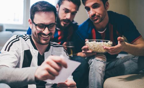 شرط بندی با دوستان به صورت آنلاین